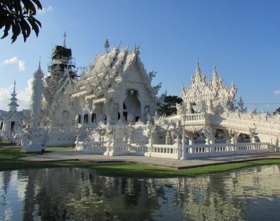 Buddhaland meets Disneyland. Snow White, where are you?