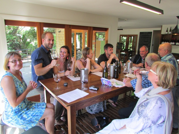 The last tasting, somwehere in New Zealand I know not... Scott and Collette on the left