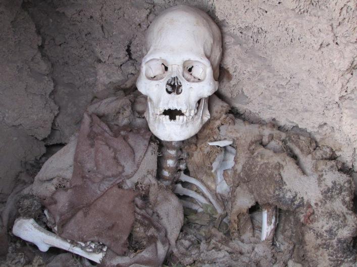 Grave 4